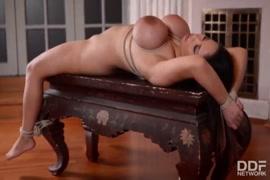 Meilleur position pour satisfete un gros fese porno xxl