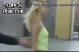 Femme baisse par chien photo porno