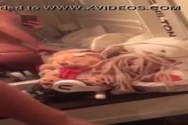 Video porno noir d afrique du sud de femme nue qui couche avec un homme nue a telecharger sur telephone