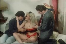 Porno des grosse fesse femme rwandaise