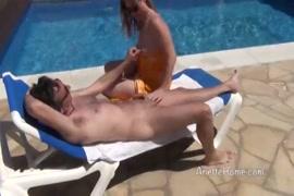 Photo porno dune femme qui dors nue.