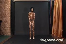 Xnxx.com baise mapouka avec des chien sauvage